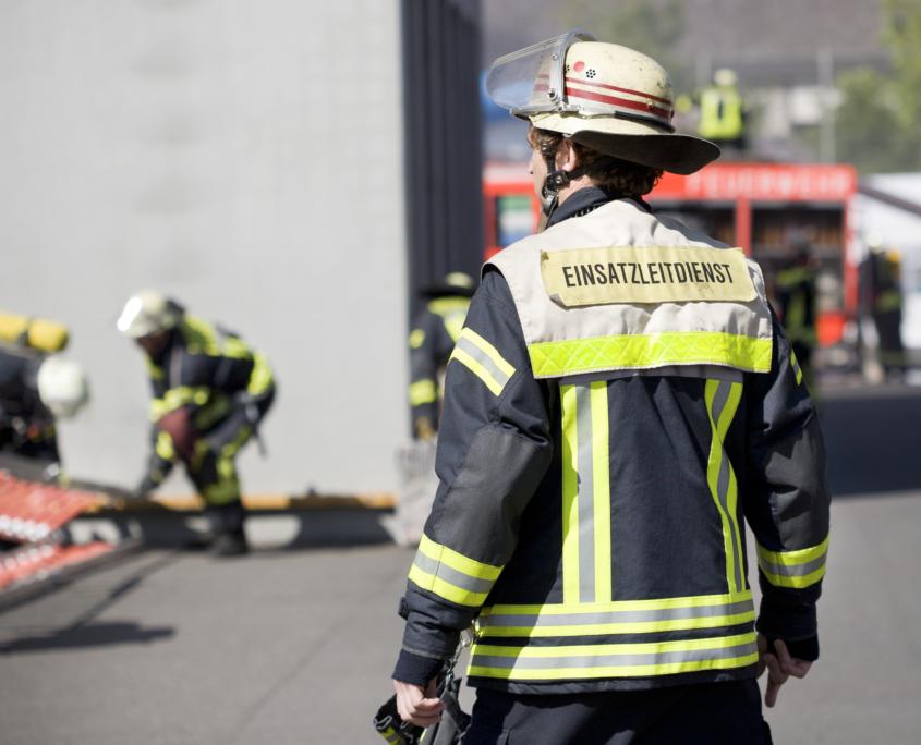 Feuerwehrbedarfsplanung ist ein essentieller Prozess um die Sicherheit der Bevölkerung zu gewährleisten und Einsatzmittel effizient zu planen